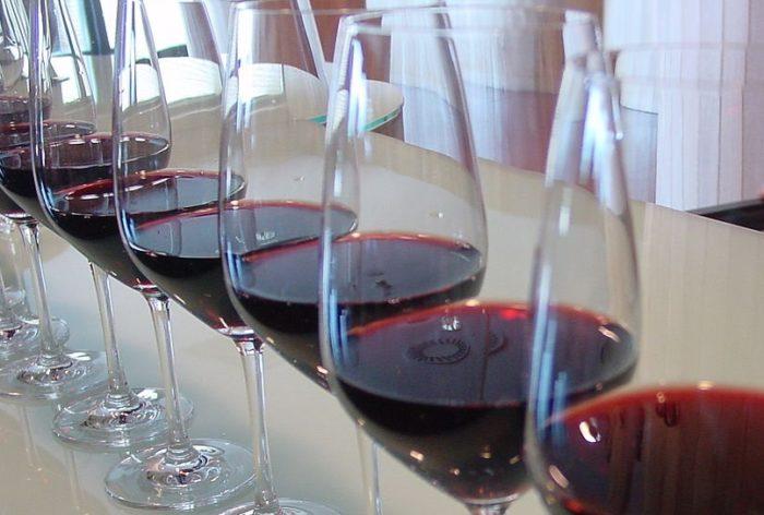 copas con vino tinto