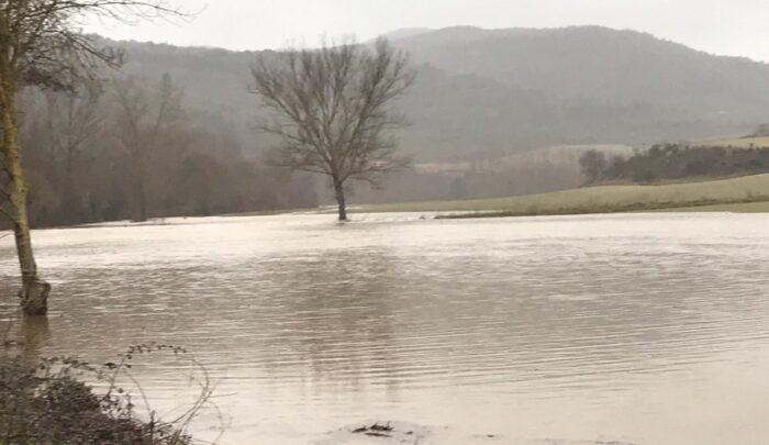 Río Baias desbordado