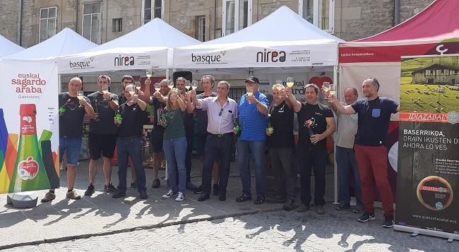 Participantes en el Sagardo Eguna