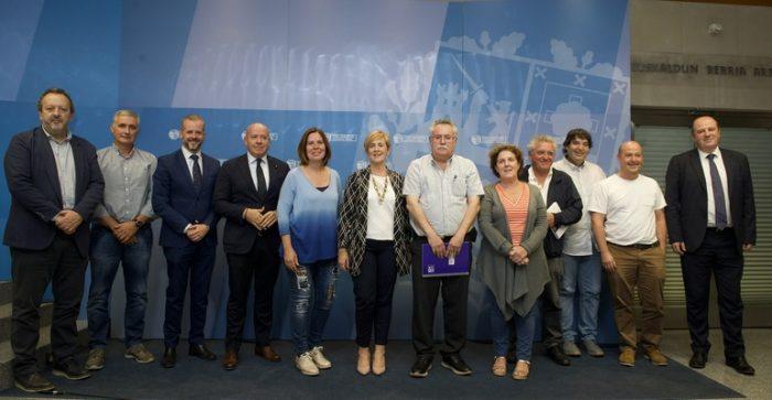 Reunión sector vitivinícola y Gobierno Vasco