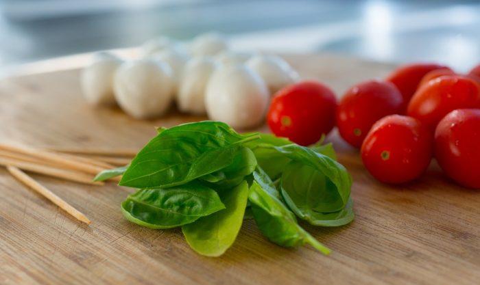 Verduras en una mesa